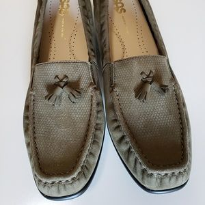 SAS HOPE GREEN TUNDRA WOMEN/'S GREEN LEATHER SUEDE PENNY LOAFER SHOES NEW IN BOX